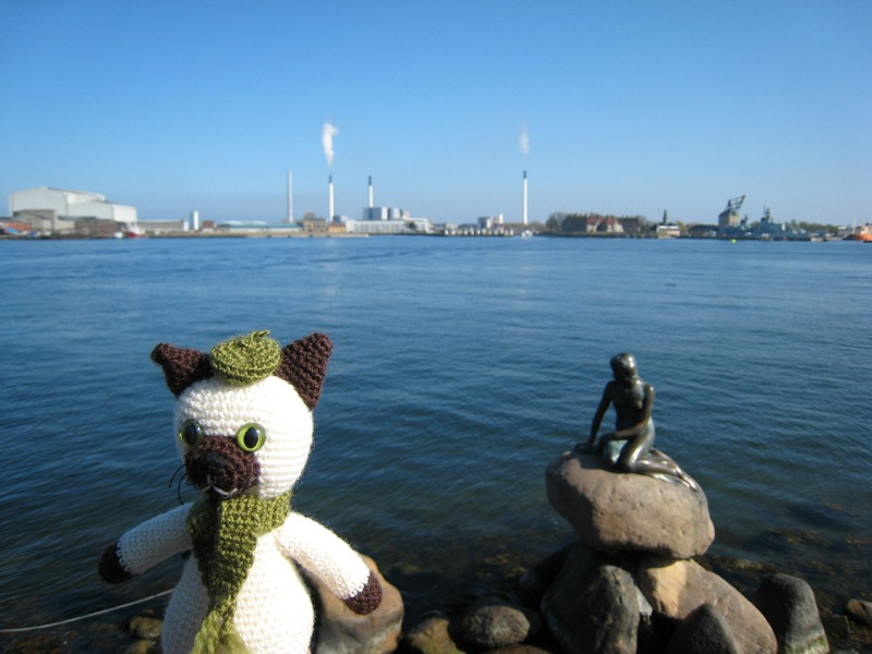 Sal and the Little Mermaid in Copenhagen
